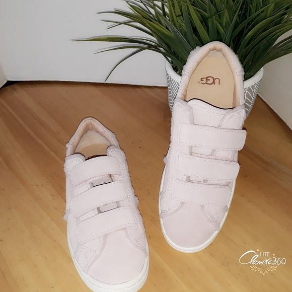 1053644e04a UGG Girls Seashell Pink Alix Suede Sneaker Size 5.